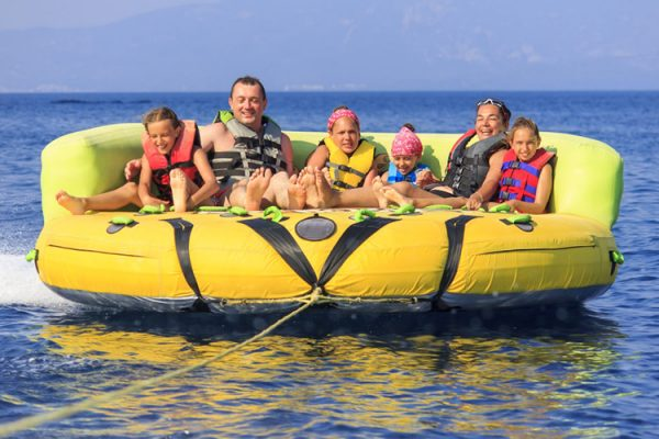round-up 6-person towable tube